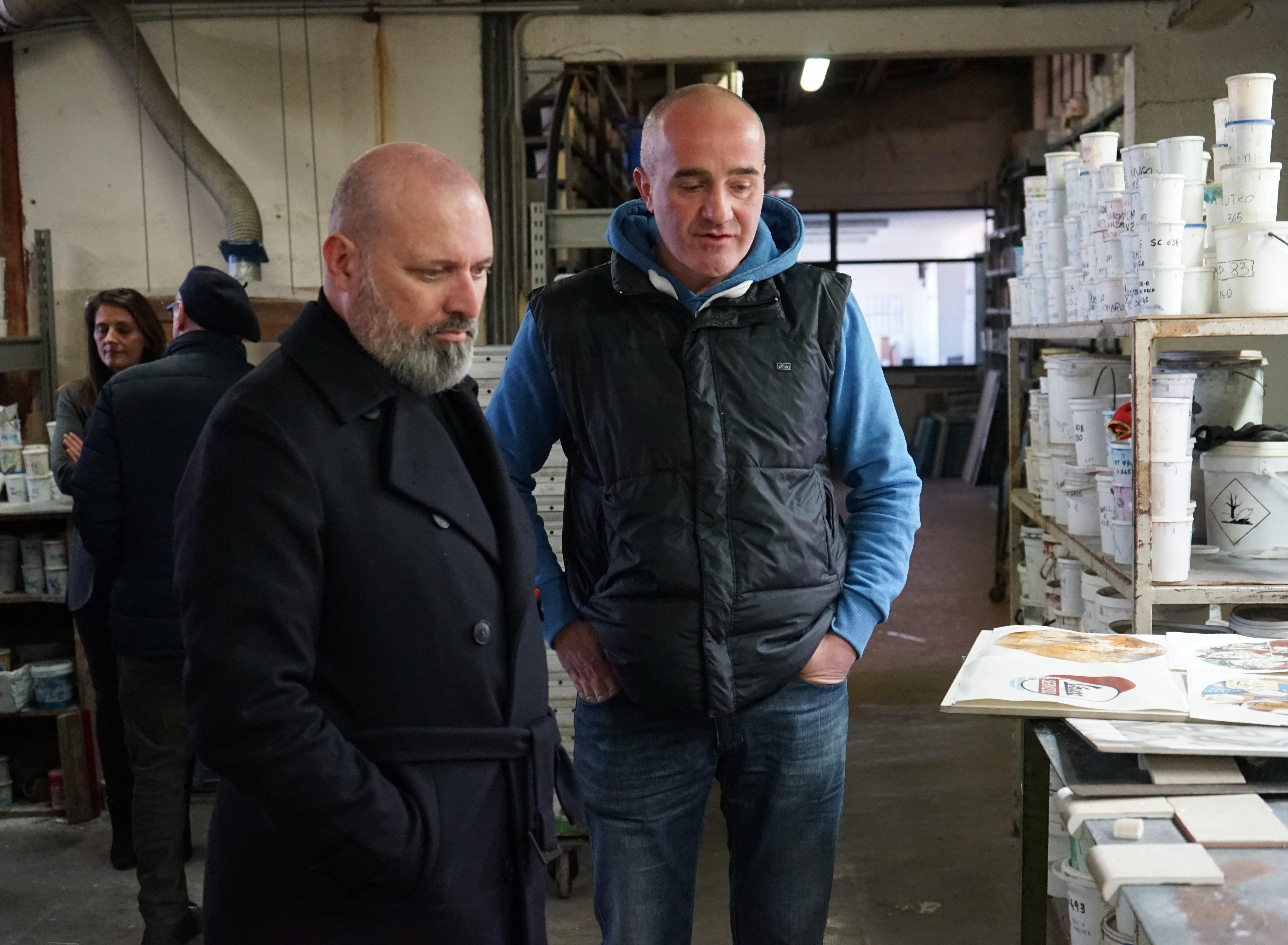 Workers buyout: il Presidente della Regione Stefano Bonaccini in visita alla cooperativa Ceramica Alta